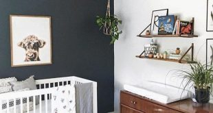 👀 accent wall goals! 😍 • #babyletto Hudson crib • 📷: nursery design...